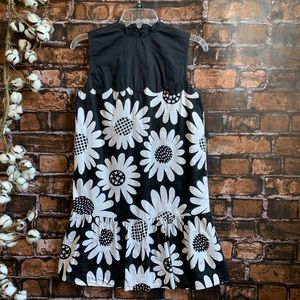 Victoria Beckham Black and White Daisy Dress